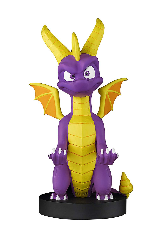 Spyro Cable Guy stovas