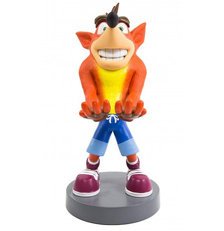 Crash Bandicoot Cable Guy stovas