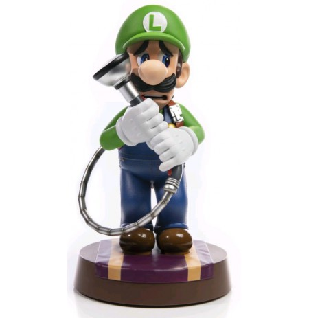 "Luigi's Mansion 3 - Luigi 9"" PVC Statue Standard Edition"