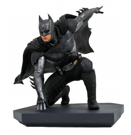 DC Gallery INJUSTICE 2 BATMAN statue | 24 cm