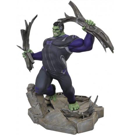 Marvel Gallery: Avengers Endgame Tracksuit Hulk statue | 24 cm