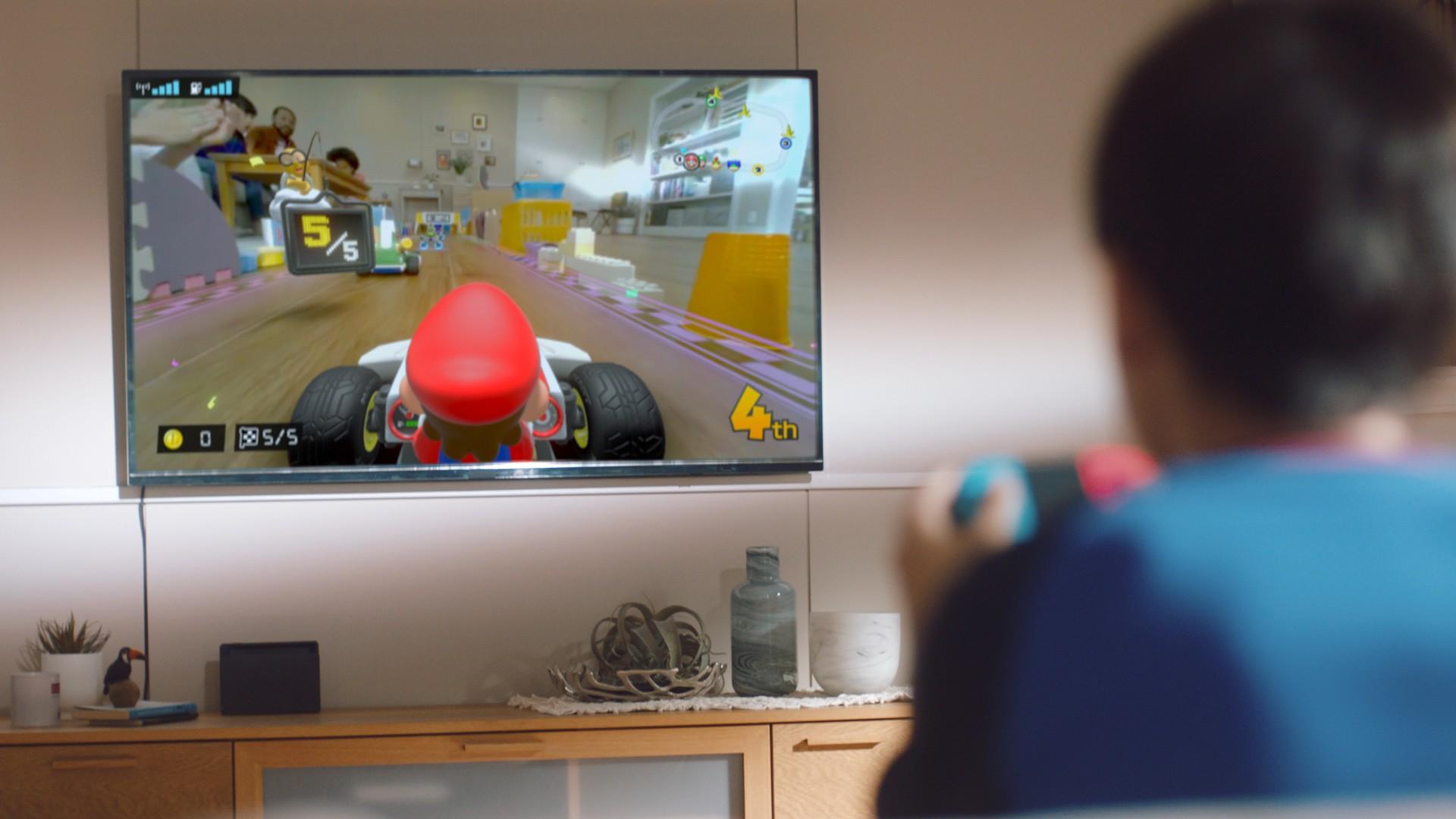 Mario Kart Live Home Circuit LUIGI car play set
