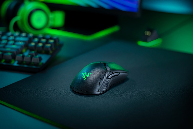 RAZER Viper ULTIMATE  juoda bevielė žaidimų optinė pelė  | 20000 DPI (pažeista pakuotė)