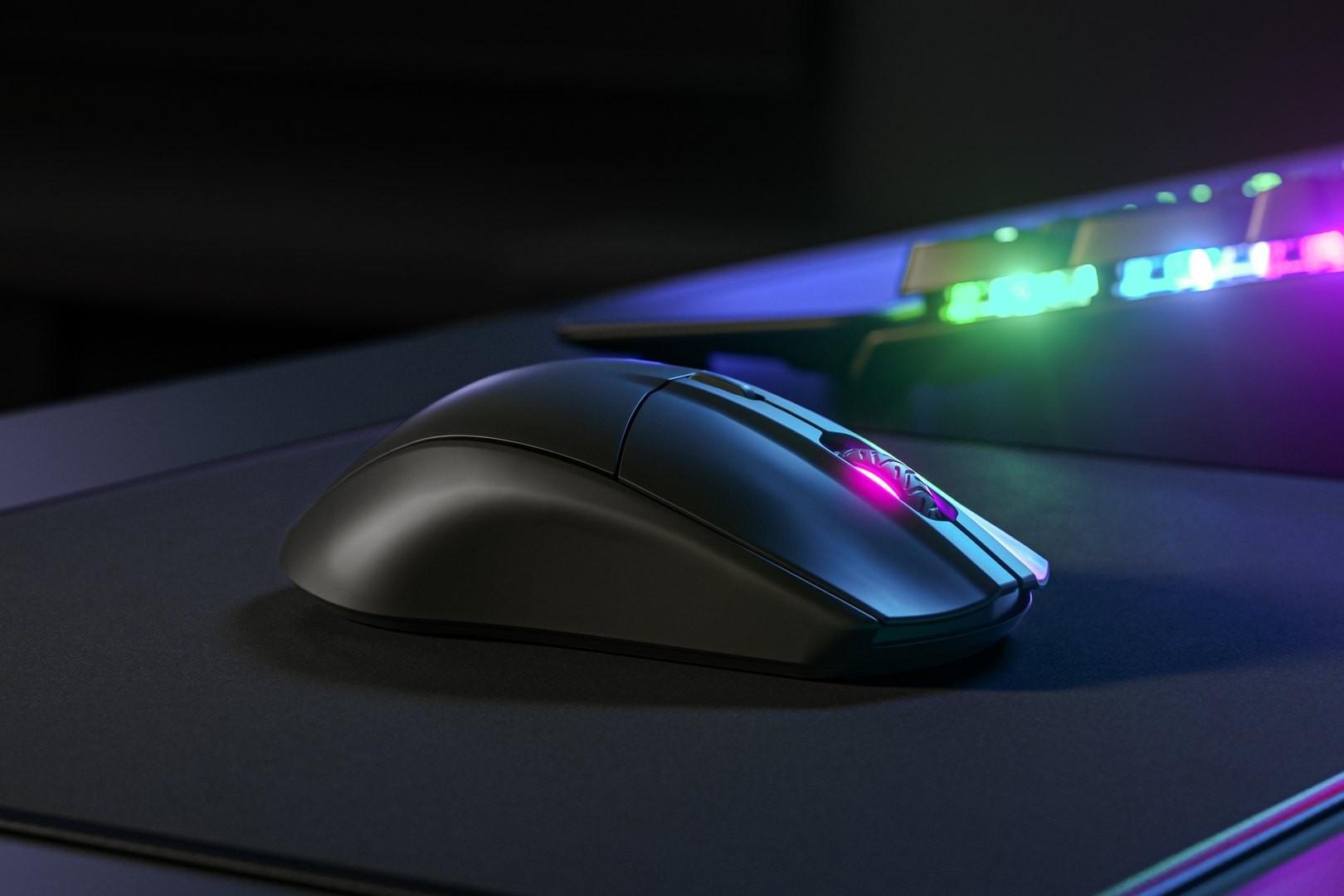 SteelSeries Rival 3 belaidė pelė | 18000 DPI (juoda) (REFURBISHED)