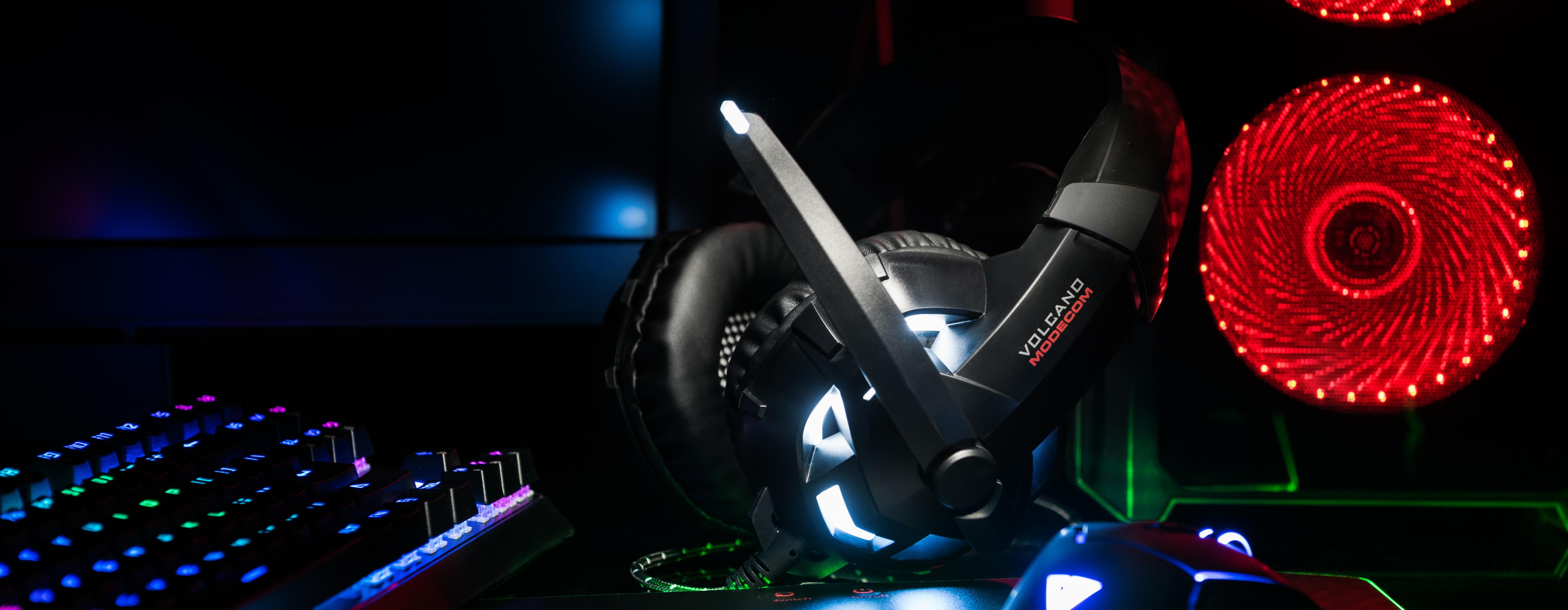MODECOM VOLCANO MC-849 SHIELD žaidimų ausinės su mikrofonu