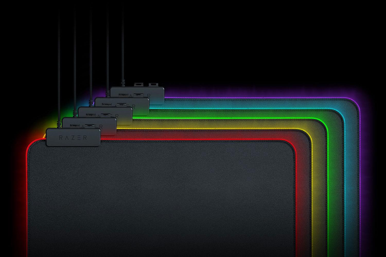RAZER Goliathus Chroma Standard 255x355x3mm minkštas šviečiantis pelės kilimėlis